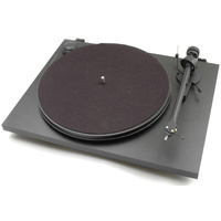 PRO-JECT Essential II turntable with Ortofon OM5E cartridge